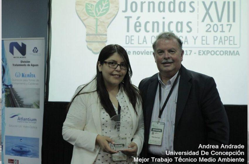 Andrea Andrade recibe premio al Mejor Trabajo Técnico…